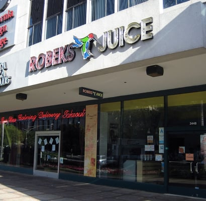 Robeks juice koreatown los angeles ca united states for Bar food 12217 wilshire blvd los angeles ca 90025