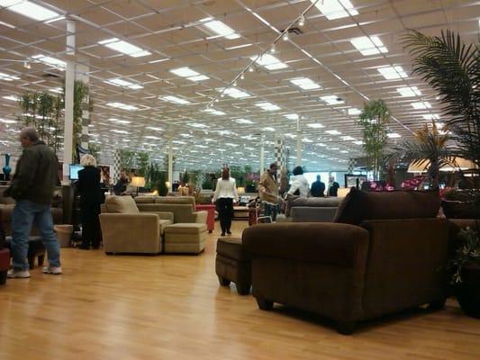 Bob S Discount Furniture Woodbridge Nj Yelp