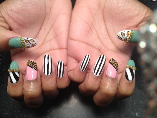 Gold chain nail design and 3d nail art by by sactown nails for 3d nail art salon