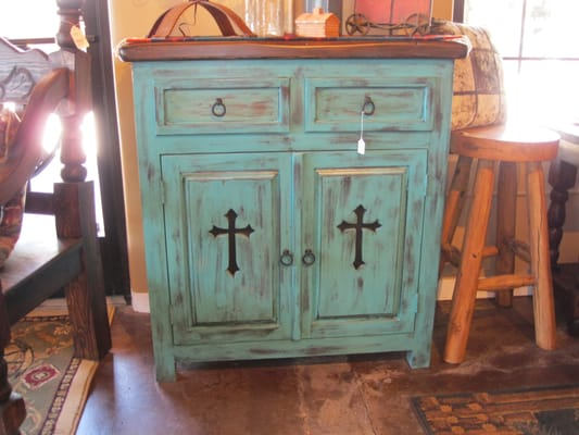 Rustic Weathered Wood Gun Cabinet - 6 Gun