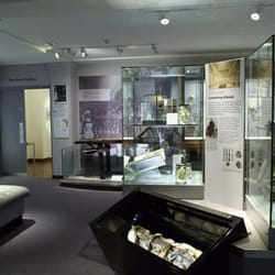 Science of Surgery gallery, Hunterian Museum - London