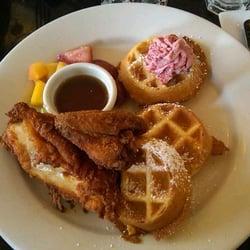 Southern Fried Chicken & Eggnog Waffles (and strawberry butter ^-^*)