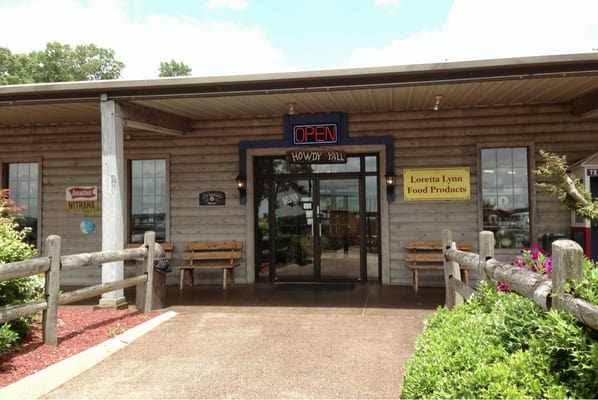 Hurricane Mills (TN) United States  City pictures : ... Hurricane Mills, TN, United States Reviews Photos Menu Yelp