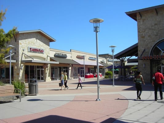 Restaurants near Round Rock Premium Outlets, Round Rock on TripAdvisor: Find traveler reviews and candid photos of dining near Round Rock Premium Outlets in Round Rock, Texas.