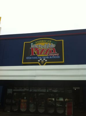 Incredible Pizza Company - CLOSED - Pizza - Memphis, TN - Yelp