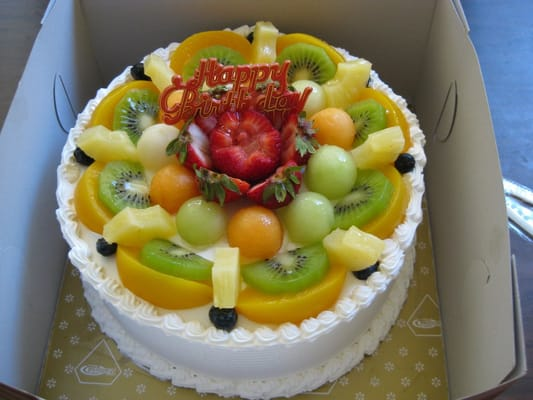 Cake With Fruit Topping : Strawberry filled cake with fruit topping Yelp