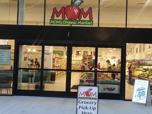 Mom S Organic Market Grocery Merrifield Fairfax Va