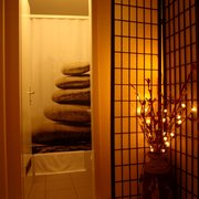 Dusche (Nirvana): Medical Thai Wellness Massage Basel: ThanTawan HealthCare
