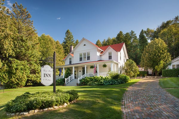 Thorp house inn cottages yelp for Door county hotels fish creek