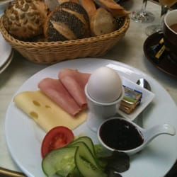 The Heidelberger breakfast