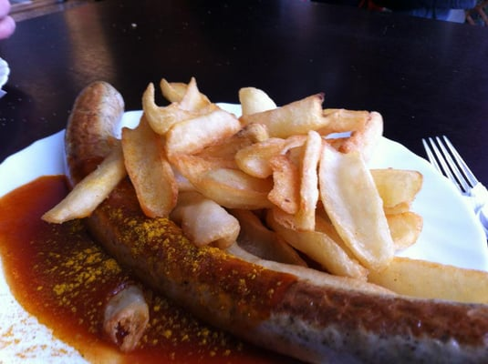 Curry Brat with Chips!