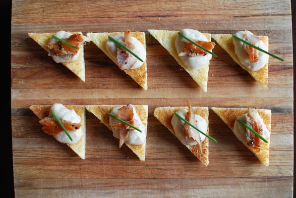 Smoked trout canap s with endive pur e and chives yelp for Smoked trout canape