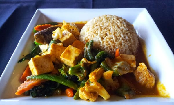 Classic Thai Spice (pad ped) for lunch | Yelp