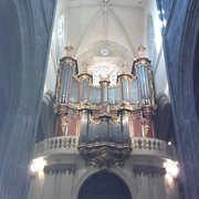 Le splendide orgue de la basilique.