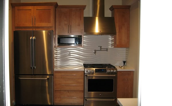 Maple Butternut Shaker style door by Dynasty kitchen ...