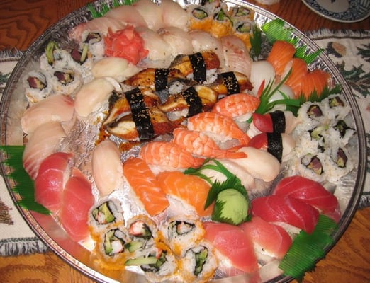Sushi maki platter 50 yelp for Lawrence fish market menu
