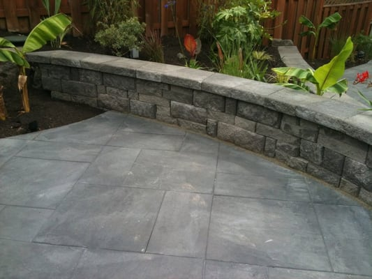 Patio Walls Around Patio Slab : Architectural slab patio with comfortable quot sitting wall