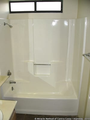 Fiberglass Tub Shower Unit In Gloss White Yelp