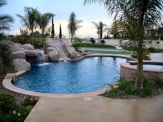 Pool bbq spa outdoor living space design for Designer pools and outdoor living
