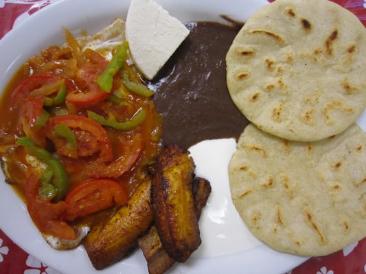 on its menu  the desayuno salvadoreno comes with huevos rancheros    Mamey Salvadoreno