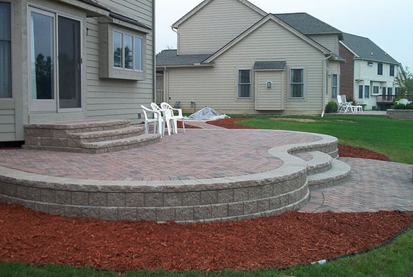 Raised brick patio with decorative pavers yelp - Pictures of raised patios ...
