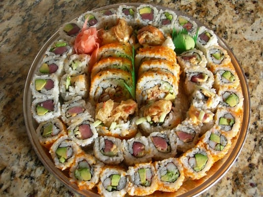 28 platter 2x spider roll 2x tuna avocado 2x spicy for Lawrence fish market menu