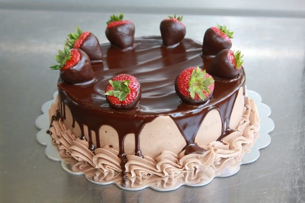 Cake With Chocolate Ganache And Strawberry Filling : Chocolate Ganache Strawberry Cake Yelp