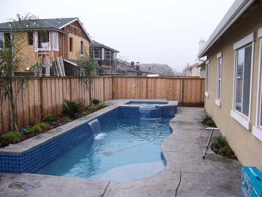 Small yards are no problem we can fit a pool almost for Swimming pools for small yards