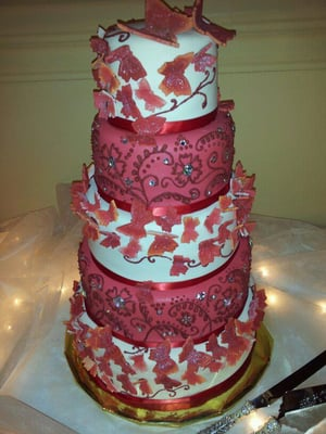 butterfly wedding cake from syracuse cake art edible butterflies yelp. Black Bedroom Furniture Sets. Home Design Ideas