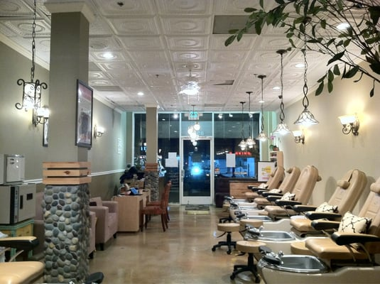 LV Nail and Spa is your preferred spa in Ft Lauderdale in the Sunrise