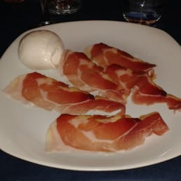 Ham and mozzarella de bufalo