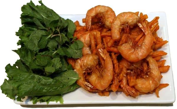 Co Ngu shrimp cakes (Banh tom co ngu) - Crispy sweet potato tempura ...
