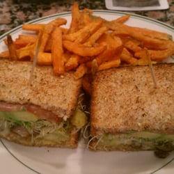 Garden sandwich with sweet potato fries
