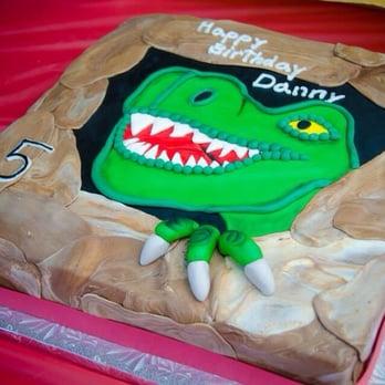 Cake And Art Yelp : Dinosaur cake
