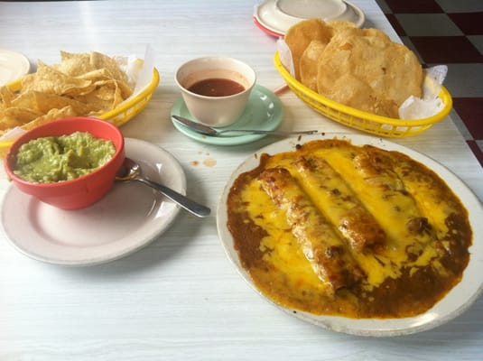 Full cheese enchiladas, chili con carne sauce, small side guacamole ...