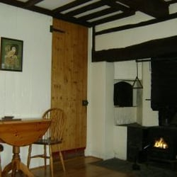 Holly Cottage, Newtown, Powys