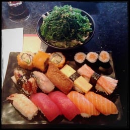 lunch special: sushi set for one person