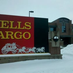 Wells Fargo Bank, Cedar Rapids, IA by Trevor F.
