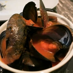Mussels in bitter orange Moscatel sauce