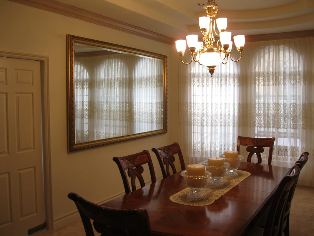 Large dining room mirror really expands the room 39 s for Large dining room pictures