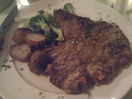 Bistecca Alla Fiorentina (Grilled Porterhouse Steak with Roasted ...