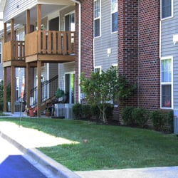Walnut grove apartments louisville ky yelp for 1 bedroom apartments louisville ky 40216