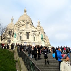 Looking up the stairs at Basilique du Sacré Coeur