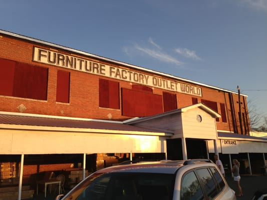 Furniture factory outlet world for Furniture factory outlet