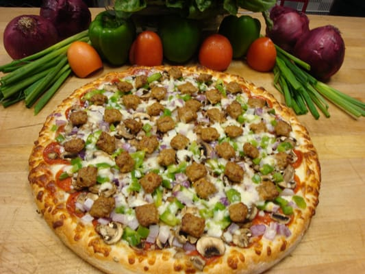 Combo Pizza: pepperoni,sausage, mushrooms,green peppers and red onion ...