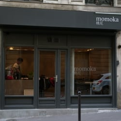 Momoka, Paris