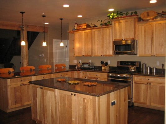What Granite choice with natural Hickory cabinets?