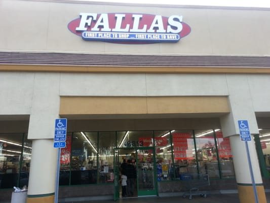 Fallas paredes bell gardens ca yelp - Www stores discount com ...