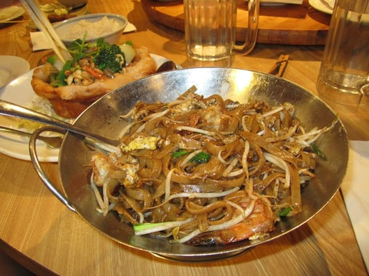 Char kway teow - stir-fried flat rice noodles with shrimp, squid, bean ...