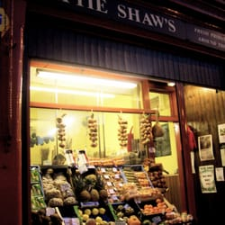 Tattie Shaw's:  Corner of Leith Walk and Montgomery Street